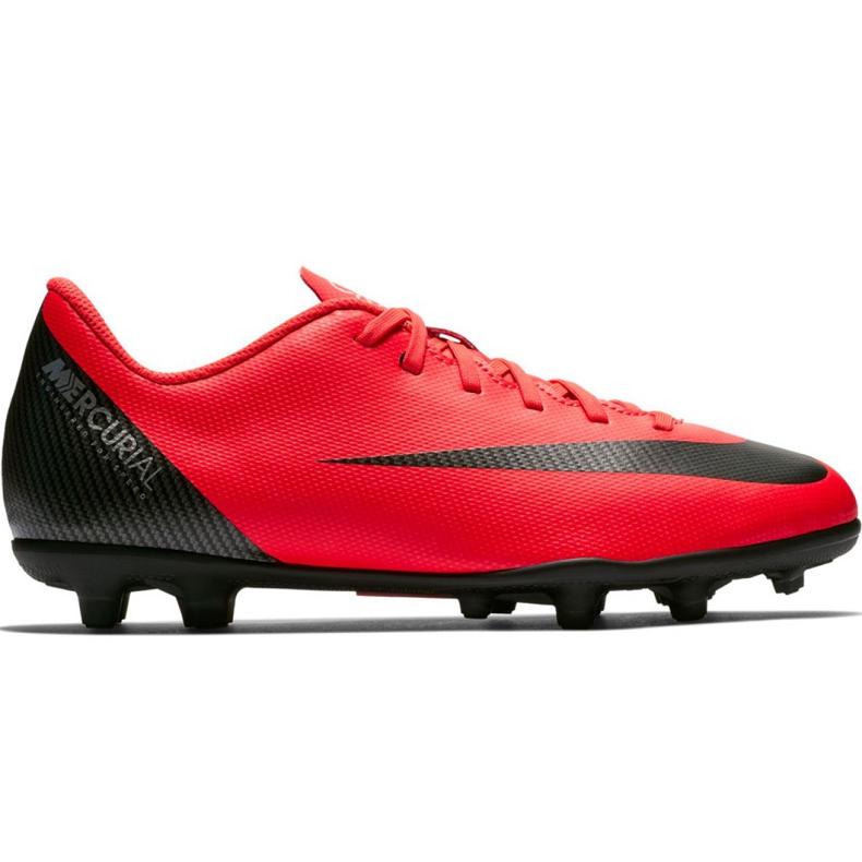 Buty piłkarskie Nike Mercurial Vapor 12 Club Gs CR7 FG/MG Jr AJ3095-600 czerwone wielokolorowe