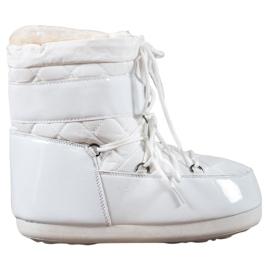 Białe Modne Śniegowce