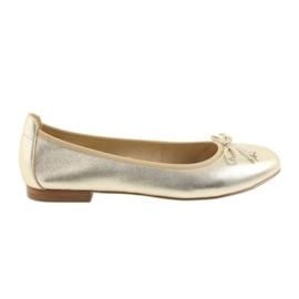 Żółte Caprice balerinki złote buty damskie 22102