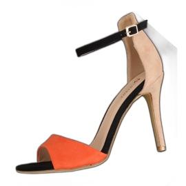 Sandałki na szpilce WD100P Beige
