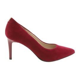 Czerwone czólenka damskie SALA 7064