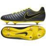Buty piłkarskie Nike Tiempo Legend 7 Club Sg M AH8800-070