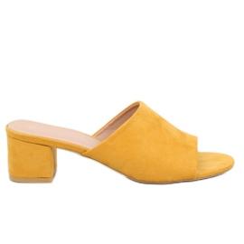 Klapki na obcasie żółte QL-89 Yellow