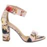 Ideal Shoes Sandały W Kwiaty