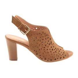 Ażurowe sandały na słupku Espinto 317