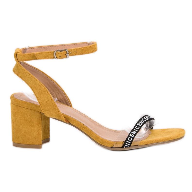 Ideal Shoes Stylowe Zamszowe Sandałki żółte