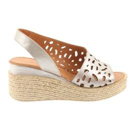 Brązowe Sandały na koturnie Badura 4722 cappuccino