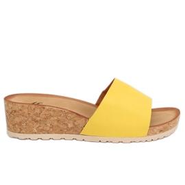 Klapki na korkowym koturnie żółte 3527-12 Yellow