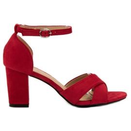 Best Shoes Czerwone Zamszowe Sandałki