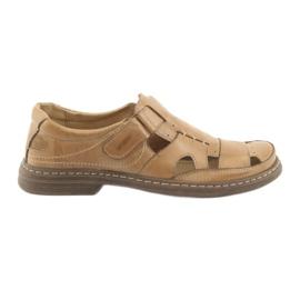 Brązowe Pełne sandały Naszbut 968 beżowe
