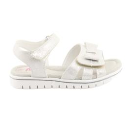 Sandałki biała perła American Club GC25 białe szare