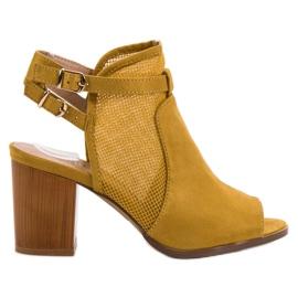 Evento żółte Stylowe Zabudowane Sandały