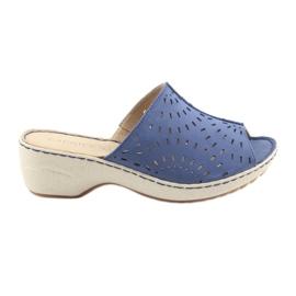 Niebieskie Klapki damskie koturno Caprice 27351 jeans