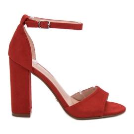 Ideal Shoes czerwone Wygodne Sandałki Na Obcasie