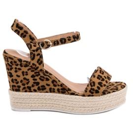 Ideal Shoes Stylowe Sandałki Na Koturnie brązowe