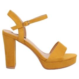 Sandałki na platformie żółte HJ101 Yellow