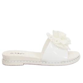 Klapki damskie białe 38822 White