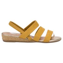 Fama Zamszowe Sandałki Z Gumką żółte