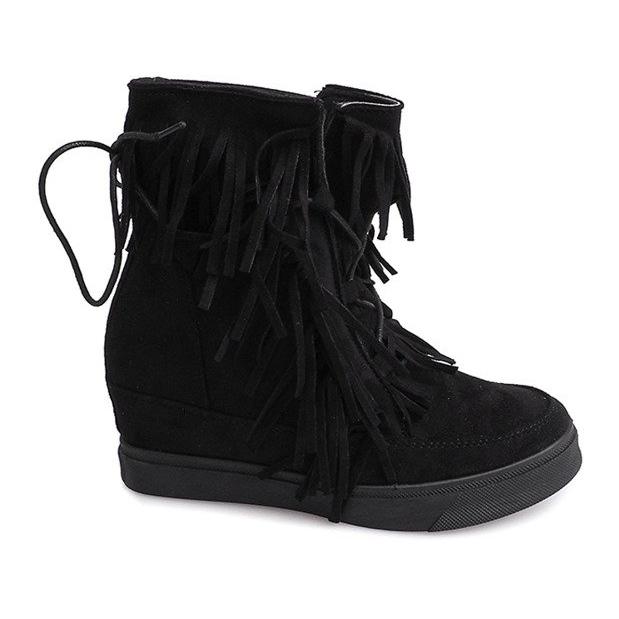 Sneakersy Na Koturnie Z Frędzlami Boho 881-2 Czarny czarne