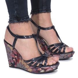 Niebieskie sandały na koturnie Ibrahim