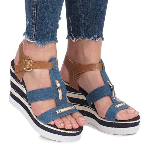 Niebieskie sandały na koturnie Sweet