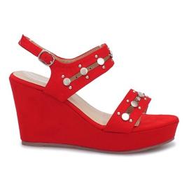 Czerwone sandały na koturnie Give it Up