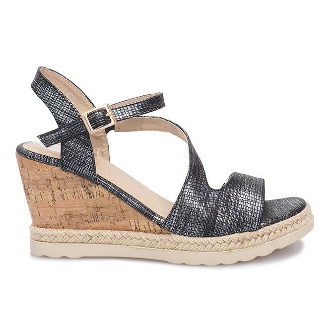 Czarne sandały na koturnie Suede