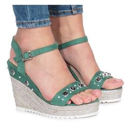 Zielone sandały na koturnie Glam Shine