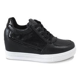 Czarne sneakersy na koturnie z koronką MY562