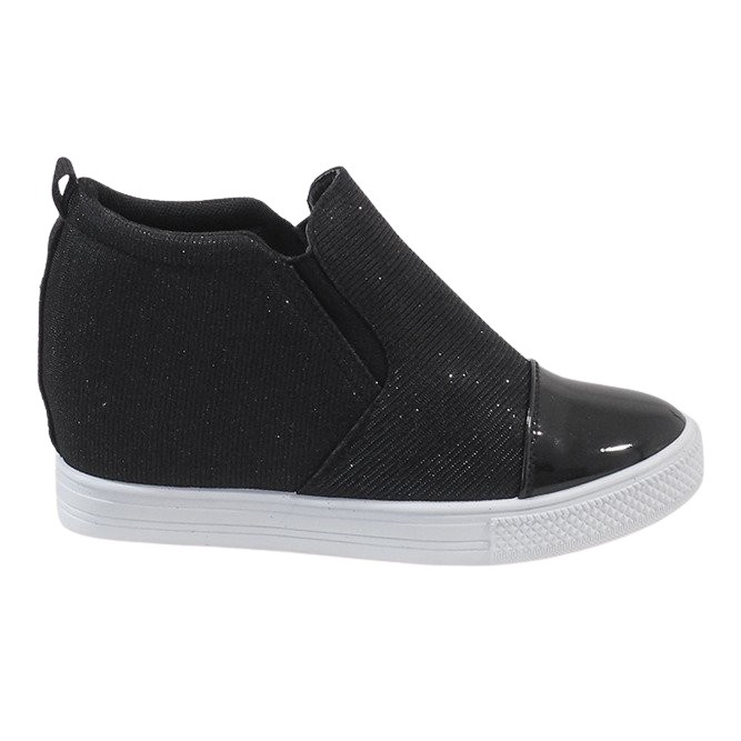 Czarne sneakersy na koturnie DD410-4