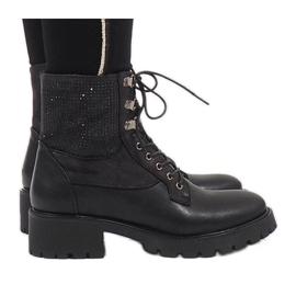 Ideal Shoes Czarne sznurowane botki trapery z cekinami 1621