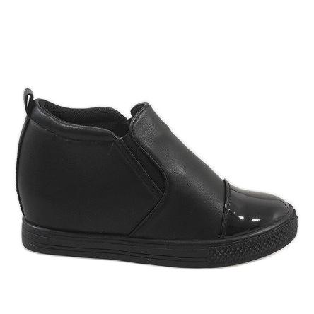 Czarne sneakersy na koturnie DD409-1