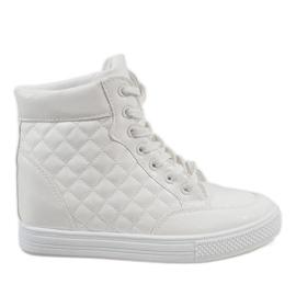Białe sneakersy na koturnie pikowane DD478-2