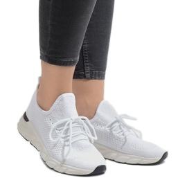 Białe obuwie sportowe 7766-Y