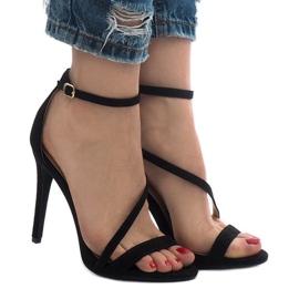 Czarne sandały na szpilce zamsz NF-12