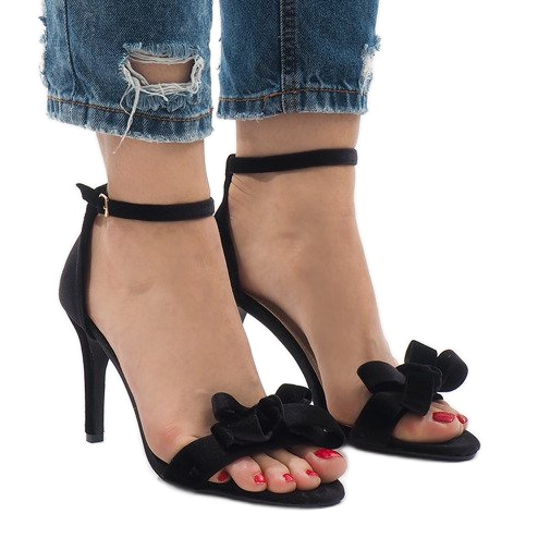 Czarne zamszowe sandały szpilki kokardka LB-291