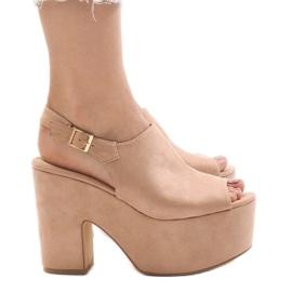 Różowe sandały na masywnym klocku 8263CA
