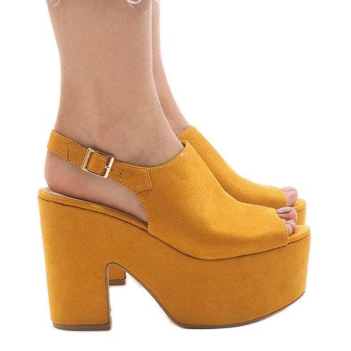 Żółte sandały na masywnym klocku 8263CA