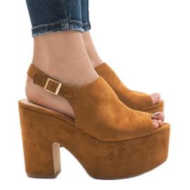 Camel sandały na masywnym klocku 8263CA