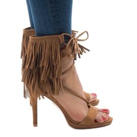 Brązowe Beżowe sandały na szpilce zamsz boho 8125-1