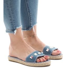 Niebieskie klapki jeans ćwieki 7087