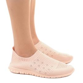Różowe obuwie sportowe B111-13