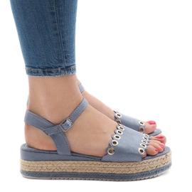 Niebieskie sandały na platformie 99-46