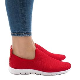 Czerwone obuwie sportowe 909-17