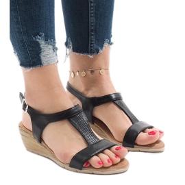 Czarne sandały na platformie S-256