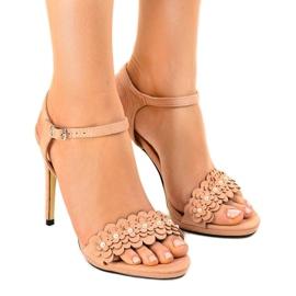 Różowe sandały na szpilce kwiatki TN-001
