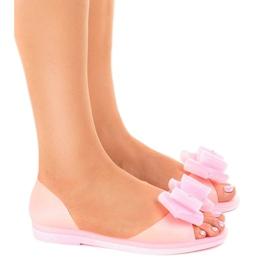 Różowe sandałki meliski z kwiatkiem HM803