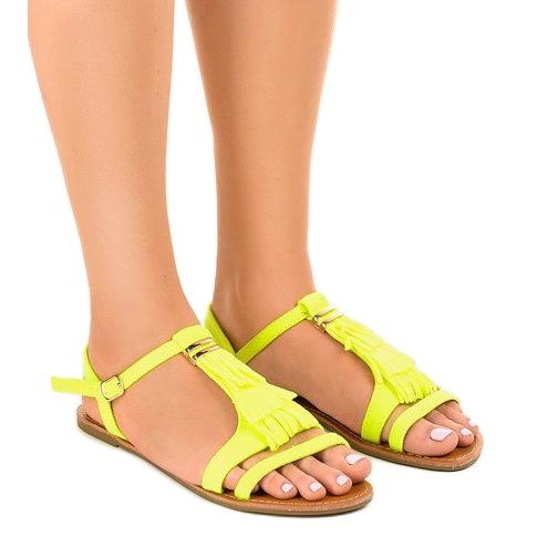 Żółte sandały płaskie z klamerką WL137-1