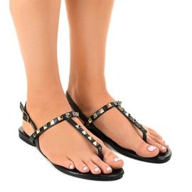 Czarne sandałki z ćwiekami LL-17