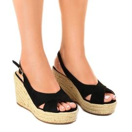 Czarne sandały na koturnie espadryle 68-150
